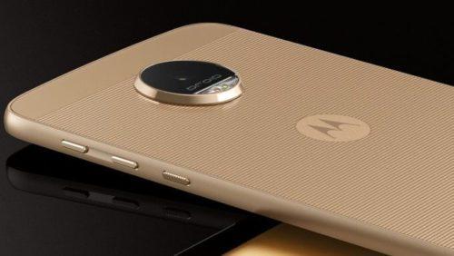 Motorola Moto Z na mesa sem embalagem.